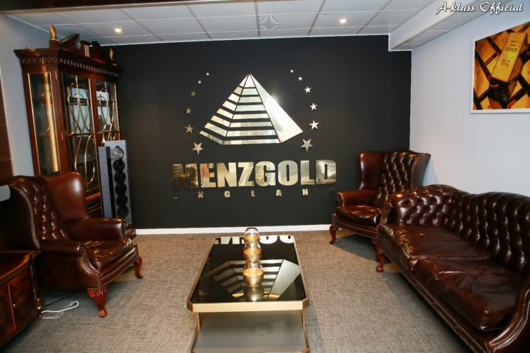 Menzgold_England